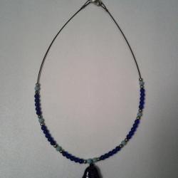 DIV008 - collier bleu avec poisson - 4 euro
